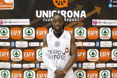 Europrobasket player chae philips castellar